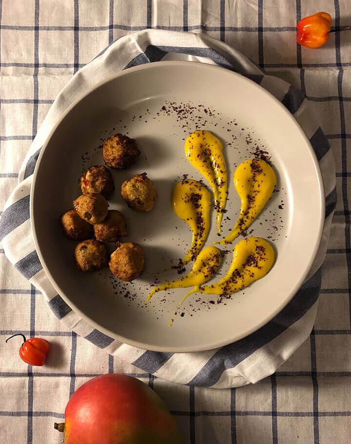 Fonio | Jackfruit Bites | + Spicy | Mango Sauce