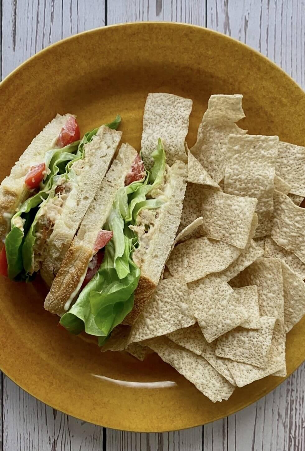 Classic | Tuna | Sandwich | + Fonio Chips